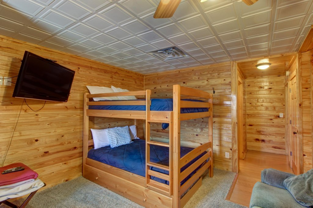 Photo of a Sevierville Cabin named Fit For Kings Cabin - This is the thirty-first photo in the set.