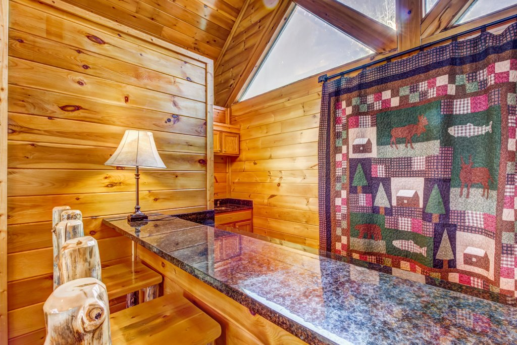 Photo of a Sevierville Cabin named Serenity's View Cabin - This is the twelfth photo in the set.
