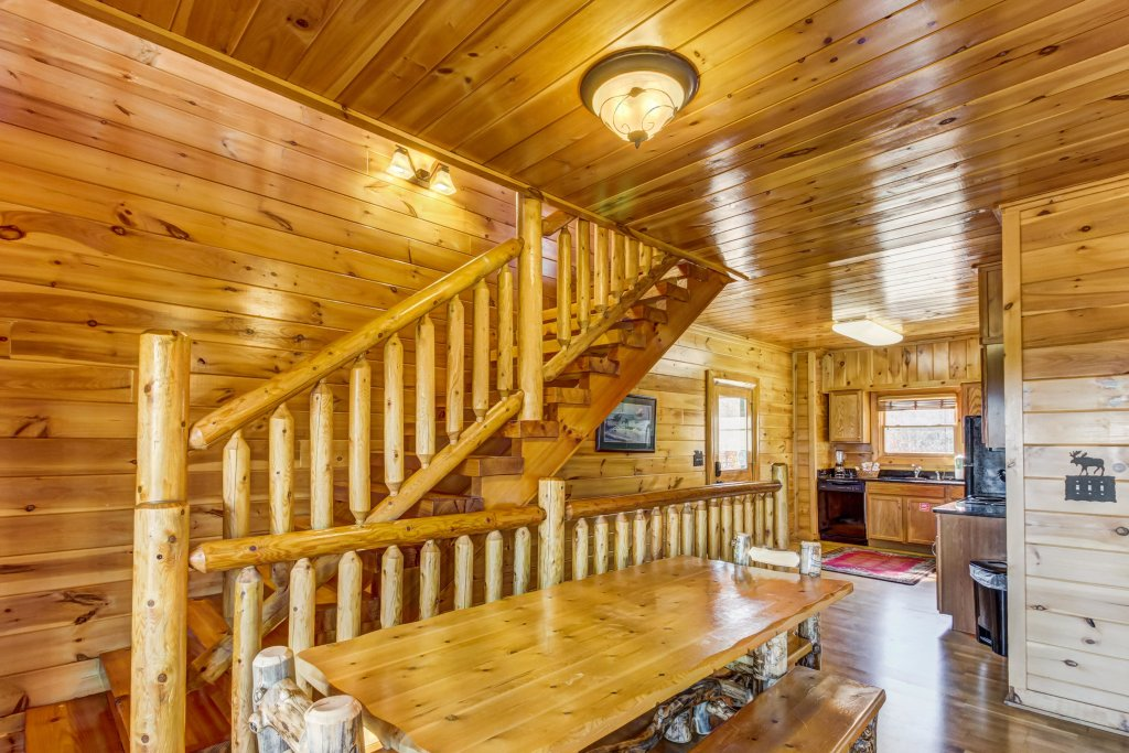 Photo of a Sevierville Cabin named Serenity's View Cabin - This is the fourth photo in the set.