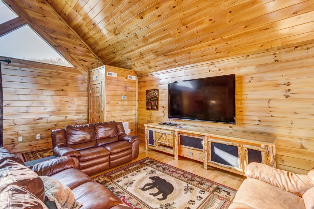 Photo of a Sevierville Cabin named Serenity's View Cabin - This is the fifteenth photo in the set.