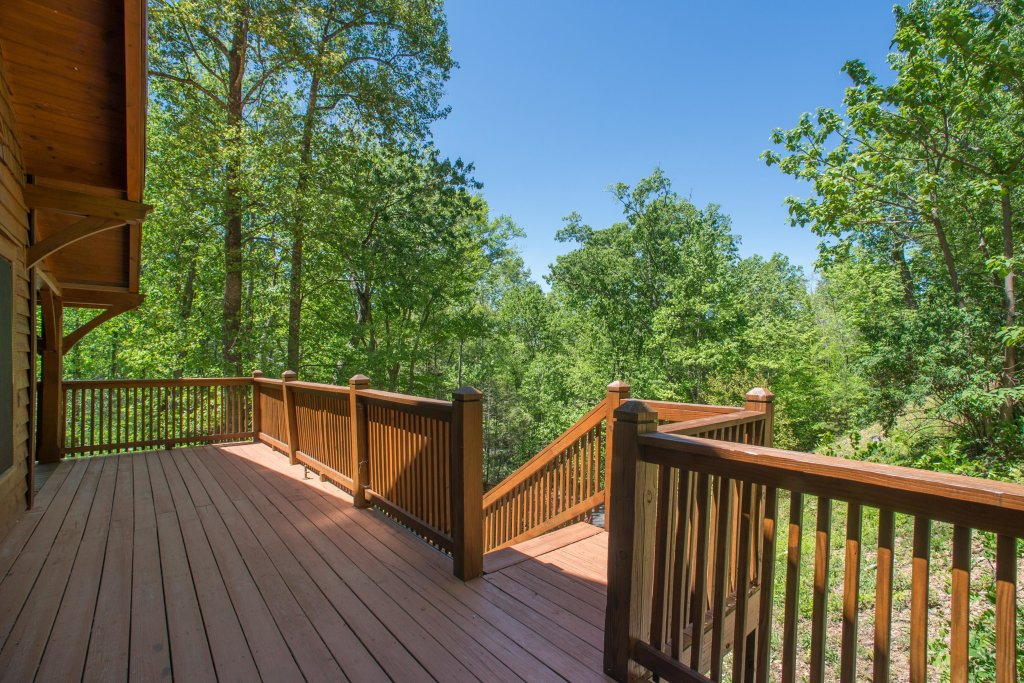 Photo of a Sevierville Cabin named Mama Bear Creek Bridge Cabin - This is the twenty-fourth photo in the set.
