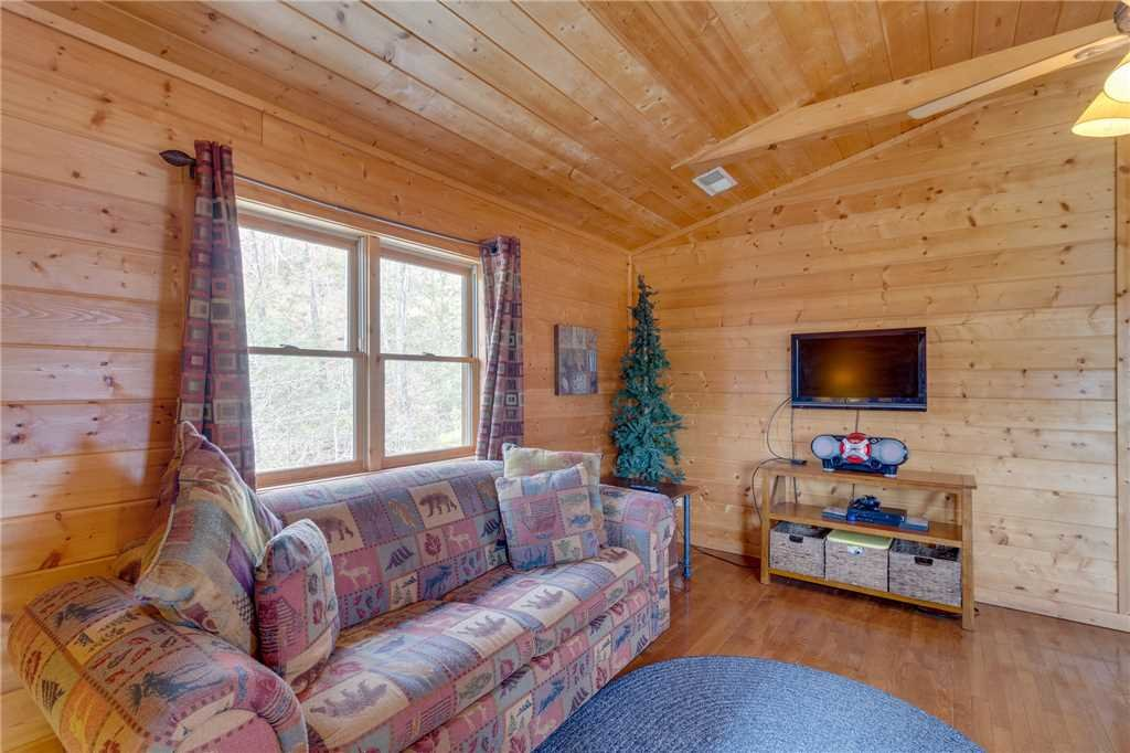 Photo of a Sevierville Cabin named Majestic Hideaway - This is the twenty-sixth photo in the set.