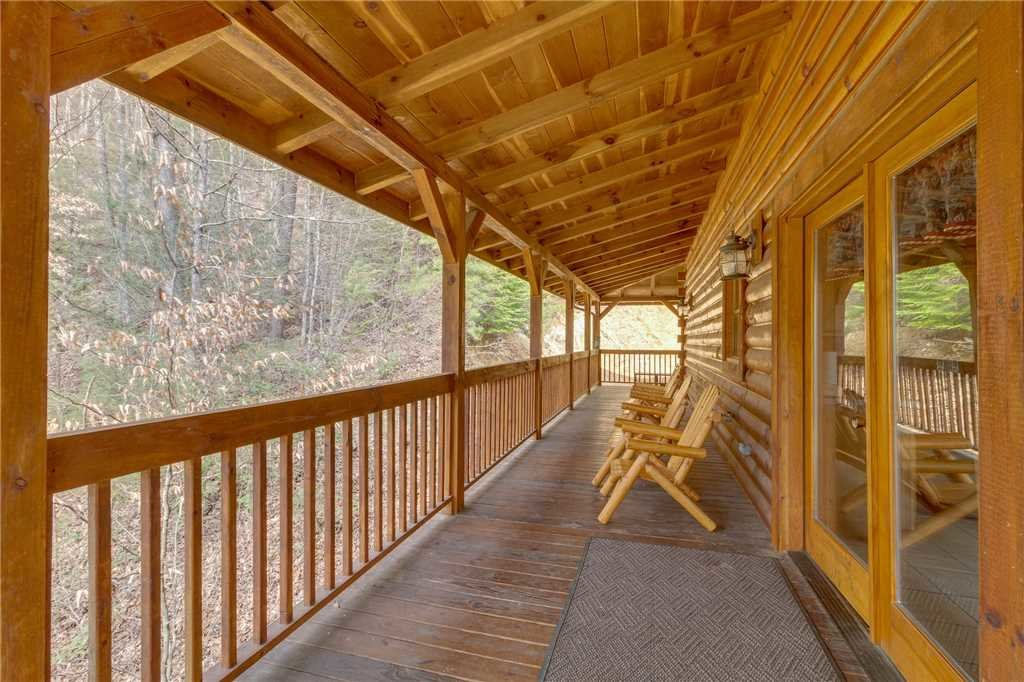 Photo of a Sevierville Cabin named Majestic Hideaway - This is the fifty-first photo in the set.