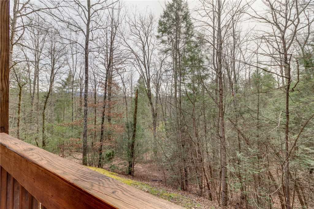 Photo of a Sevierville Cabin named Majestic Hideaway - This is the forty-ninth photo in the set.