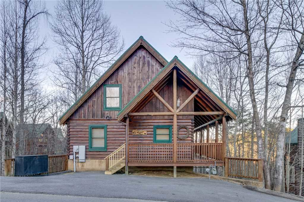 Photo of a Pigeon Forge Cabin named Cozy Bear Cabin - This is the forty-seventh photo in the set.