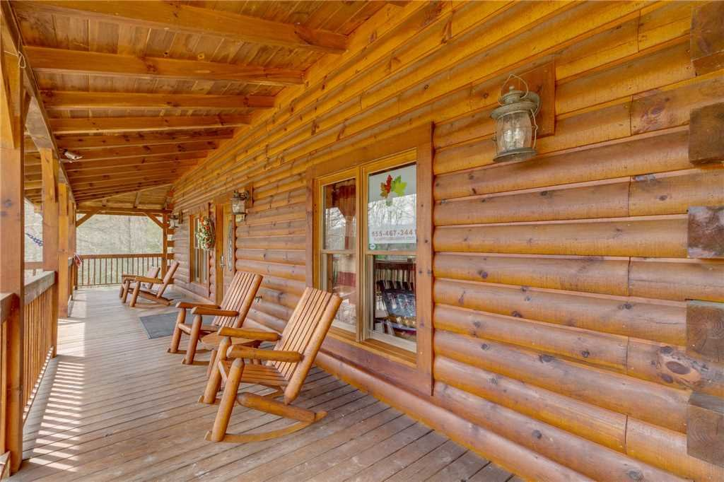 Photo of a Sevierville Cabin named Majestic Hideaway - This is the fifty-sixth photo in the set.