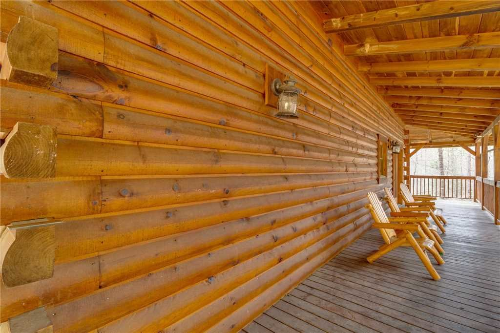 Photo of a Sevierville Cabin named Majestic Hideaway - This is the fifty-second photo in the set.