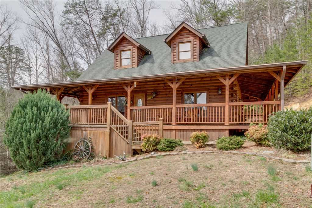 Photo of a Sevierville Cabin named Majestic Hideaway - This is the sixty-first photo in the set.