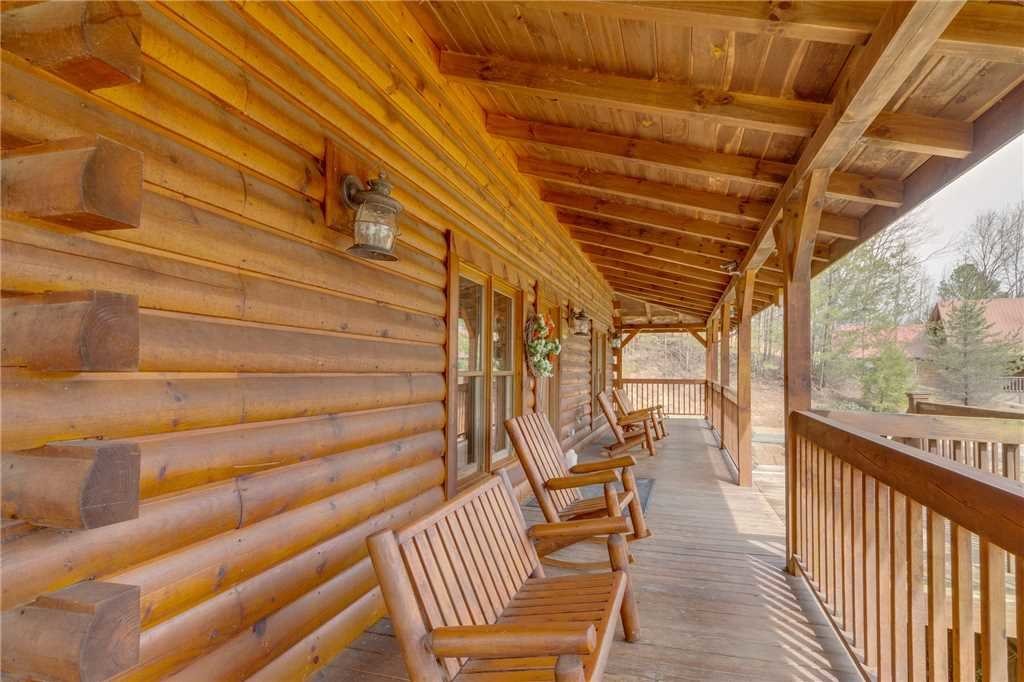 Photo of a Sevierville Cabin named Majestic Hideaway - This is the fifty-third photo in the set.