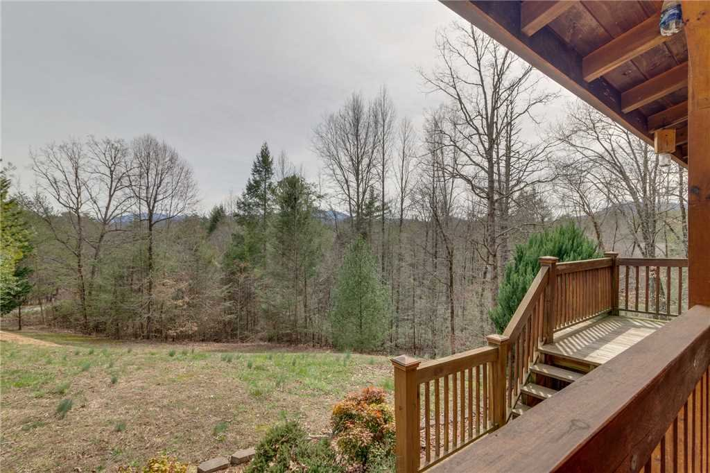 Photo of a Sevierville Cabin named Majestic Hideaway - This is the fifty-fourth photo in the set.