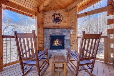 Lasting Impressions, 3 Bedroom, Hot Tub, Fireplace, Pets, Wifi, Sleeps 12