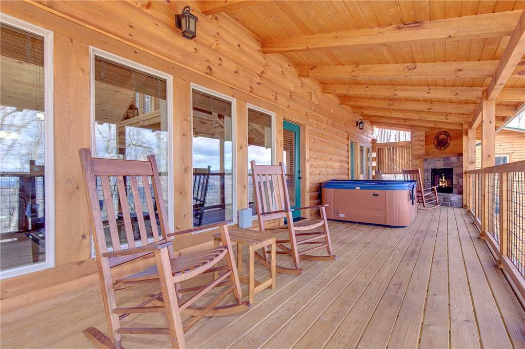 Photo of a Gatlinburg Cabin named Back To Nature - This is the twenty-third photo in the set.