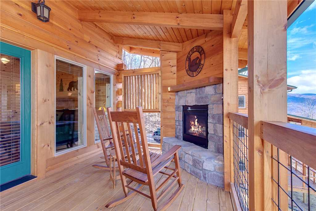 Photo of a Gatlinburg Cabin named Back To Nature - This is the twenty-fourth photo in the set.