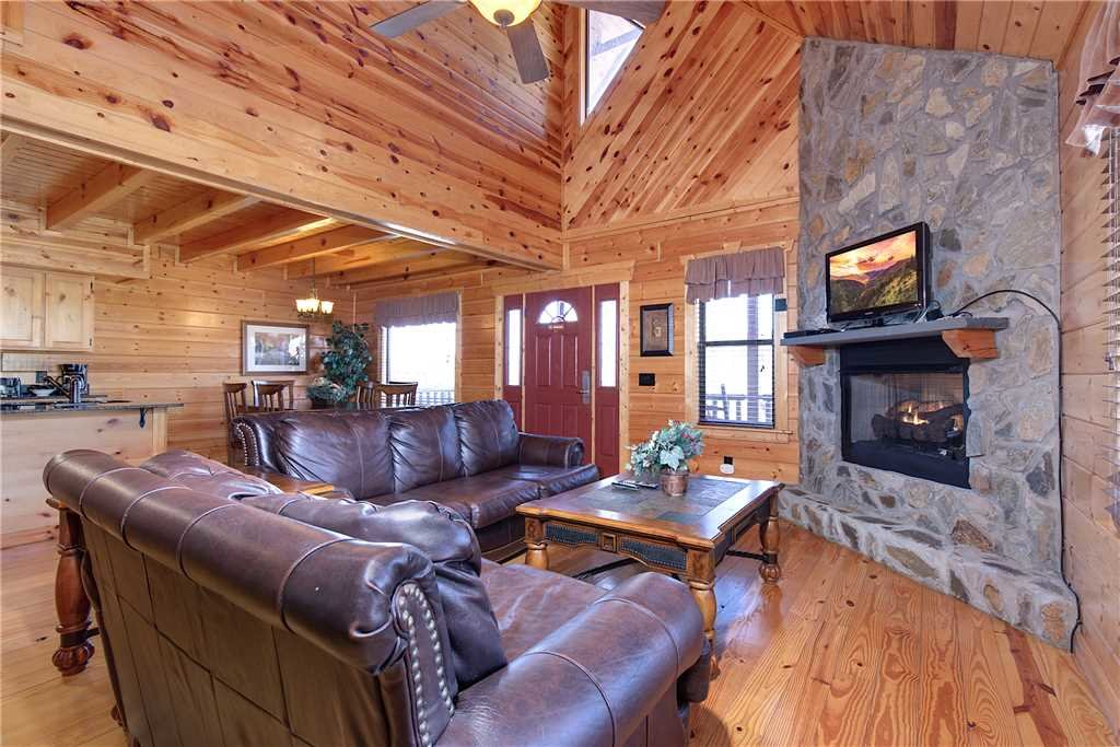 Photo of a Gatlinburg Cabin named Marlene's Hideaway - This is the first photo in the set.