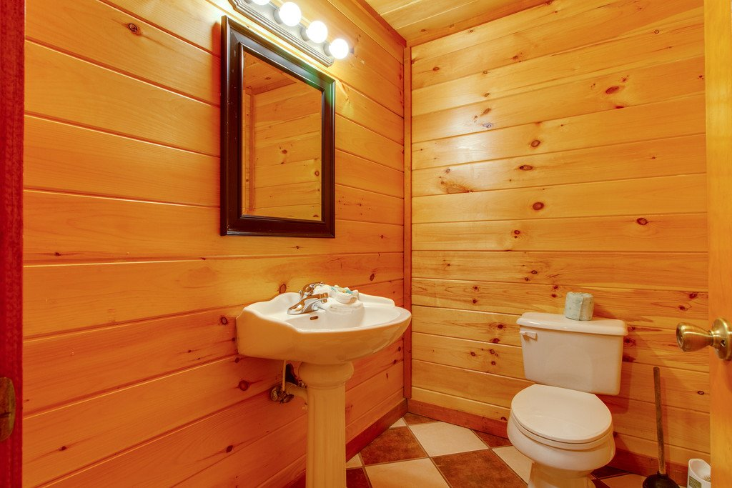 Photo of a Pigeon Forge Cabin named Mountain Cinema Lodge - This is the forty-fourth photo in the set.
