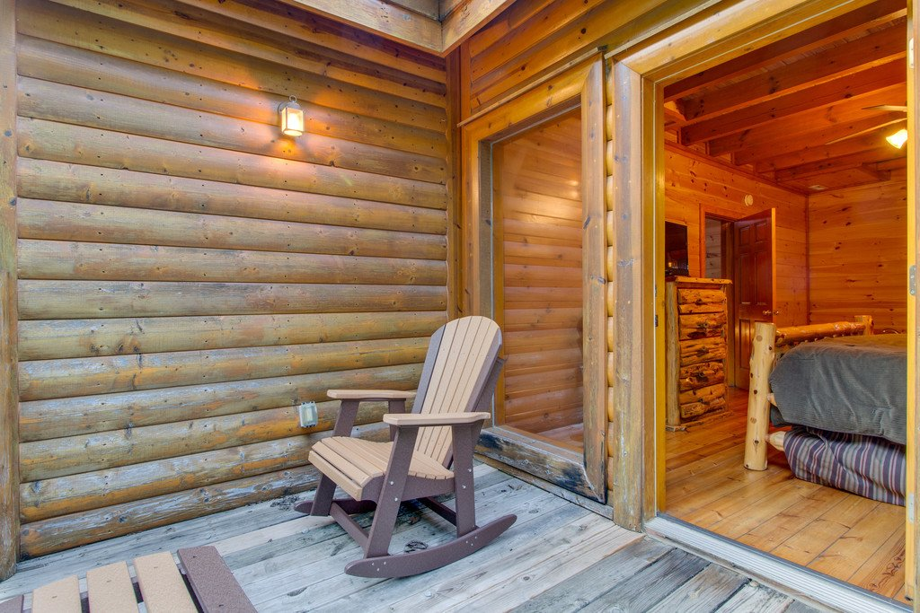 Photo of a Pigeon Forge Cabin named Mountain Cinema Lodge - This is the forty-first photo in the set.