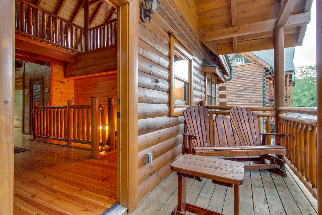 Photo of a Pigeon Forge Cabin named Mountain Cinema Lodge - This is the fifty-first photo in the set.