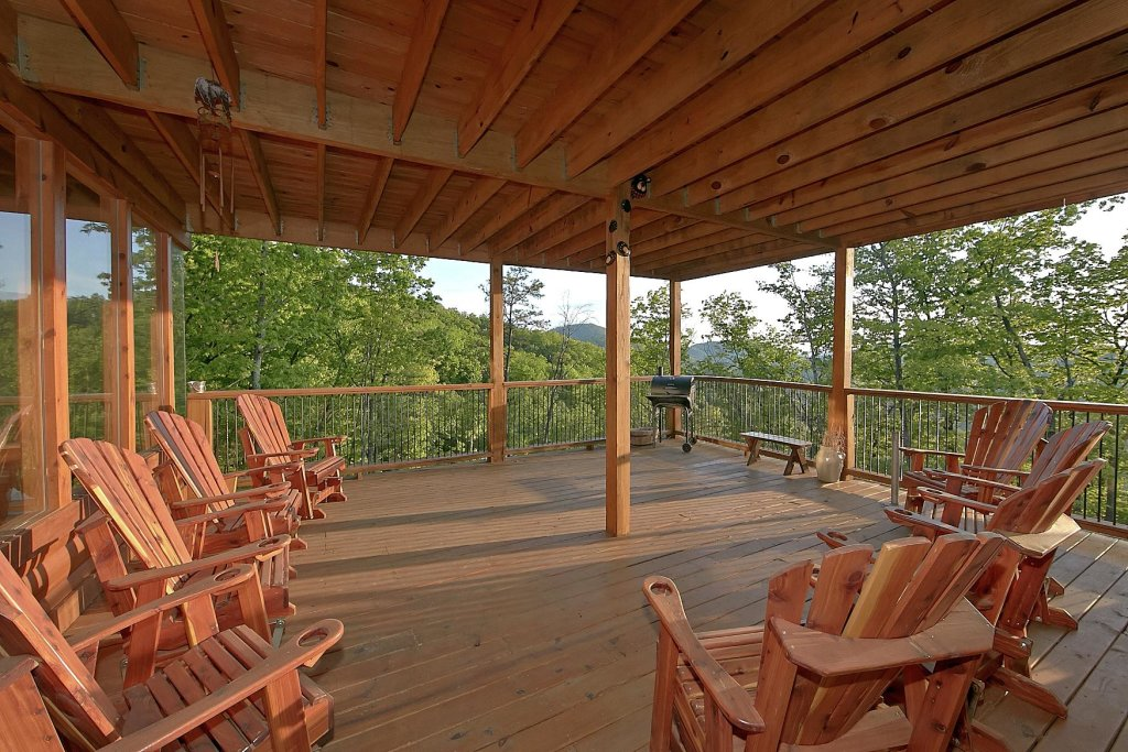 Photo of a Pigeon Forge Cabin named Mountain Magic #73 - This is the twelfth photo in the set.
