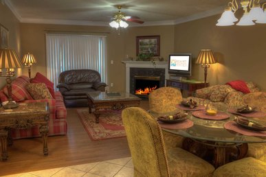 Covered Parking/riverside Rental/downtown Pigeon Forge
