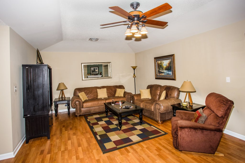 Photo of a Pigeon Forge Condo named Bear Crossing 501 Nb - This is the first photo in the set.