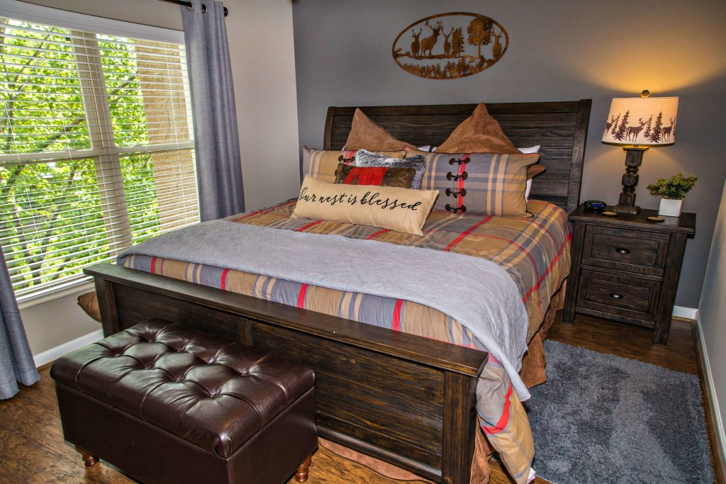 Photo of a Pigeon Forge Condo named Cedar Lodge 402 - This is the thirty-first photo in the set.