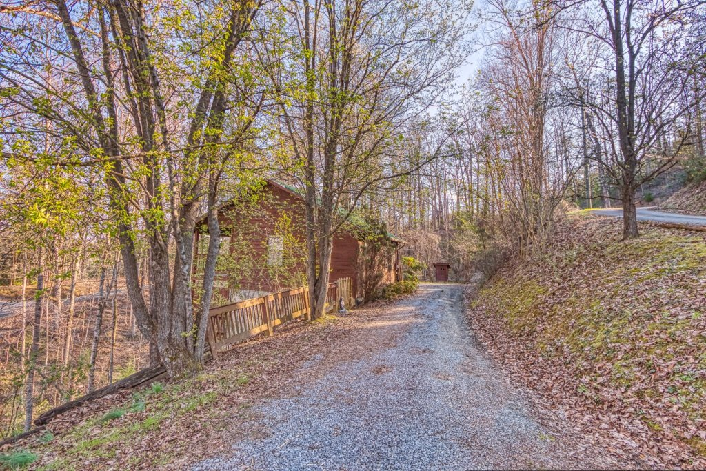 Photo of a Pigeon Forge Cabin named Four Seasons #193 - This is the sixth photo in the set.