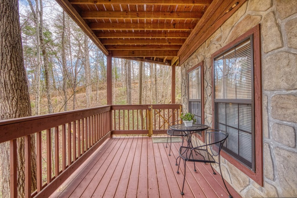 Photo of a Pigeon Forge Cabin named Four Seasons #193 - This is the thirtieth photo in the set.