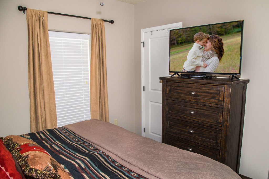 Photo of a Pigeon Forge Condo named Cedar Lodge 402 - This is the thirty-sixth photo in the set.