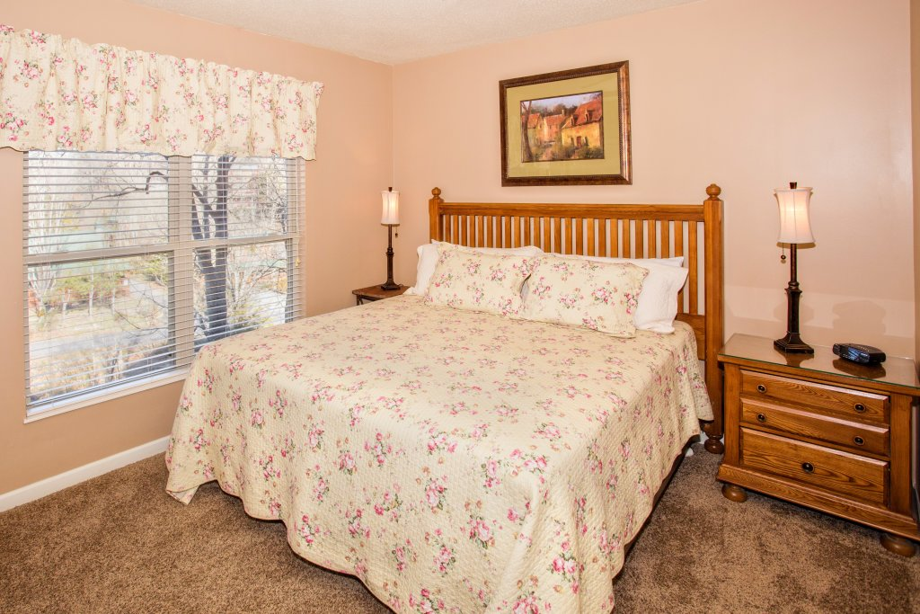 Photo of a Pigeon Forge Condo named Cedar Lodge 404 - This is the fifth photo in the set.