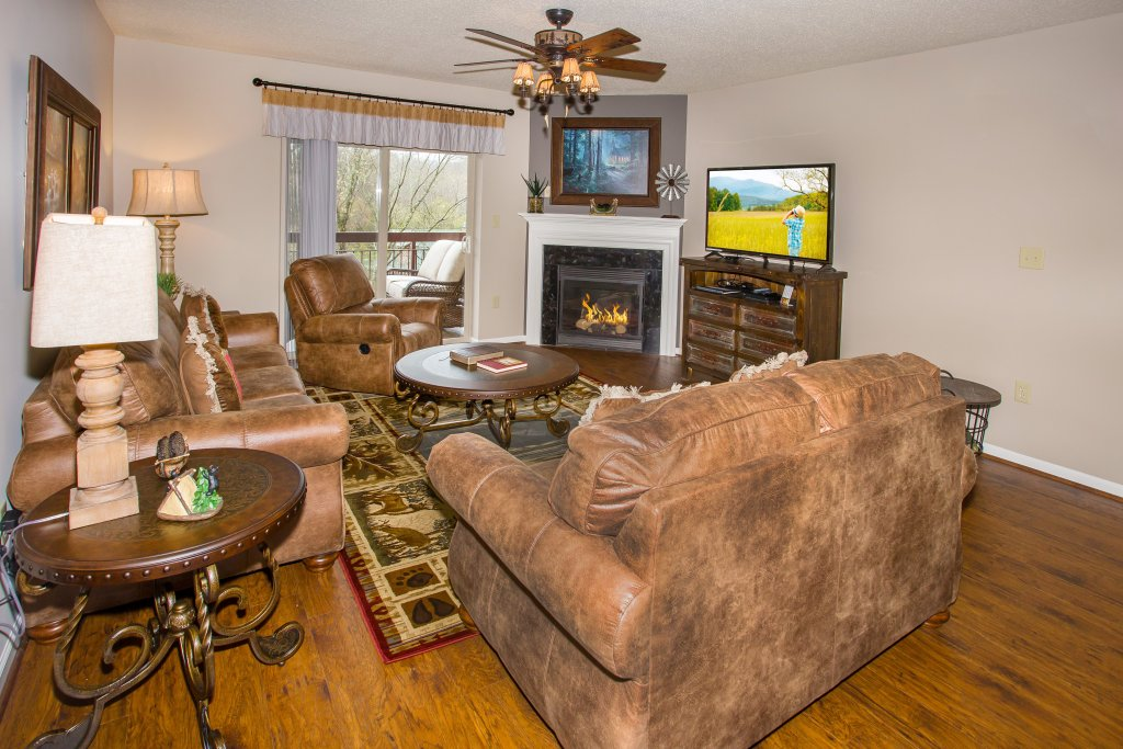 Photo of a Pigeon Forge Condo named Cedar Lodge 401 - This is the fourth photo in the set.