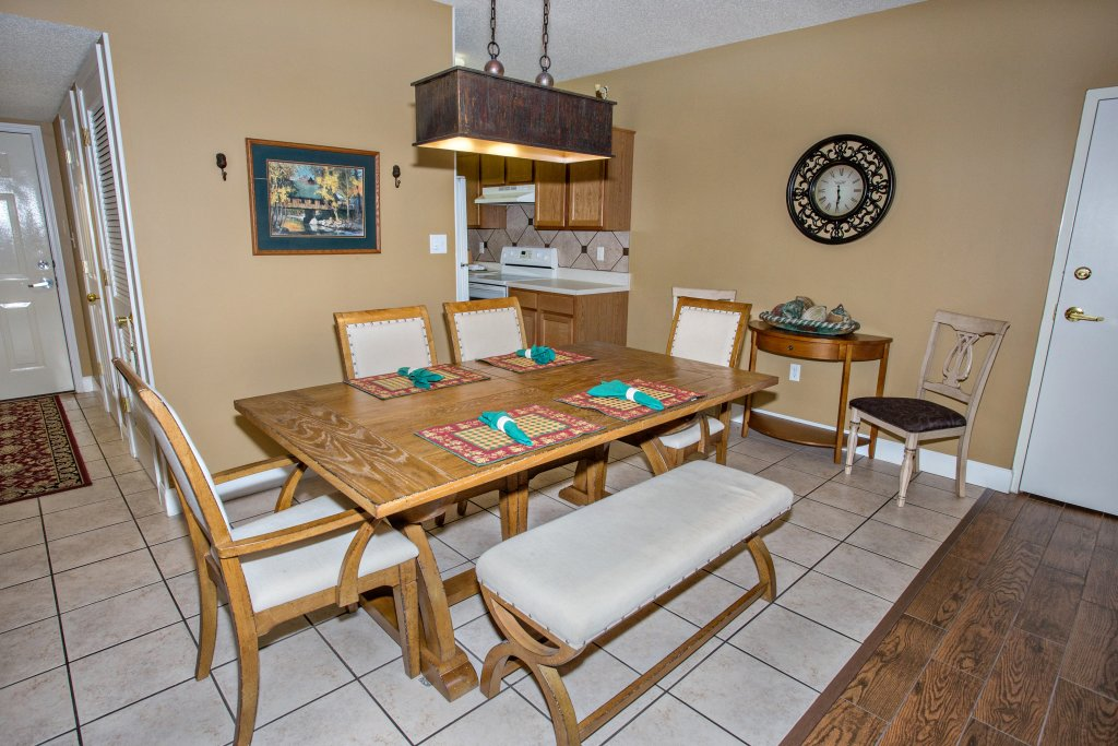 Photo of a Pigeon Forge Condo named Bear Crossing 203 - This is the fifth photo in the set.