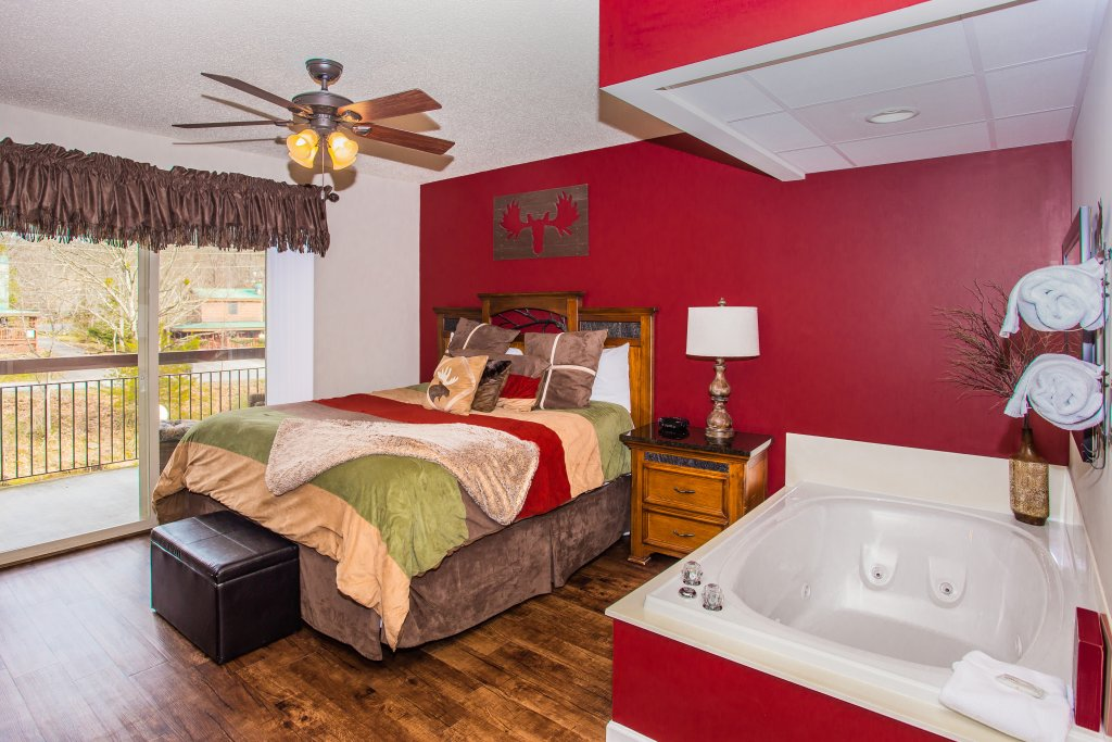 Photo of a Pigeon Forge Condo named Cedar Lodge 105 - This is the sixth photo in the set.