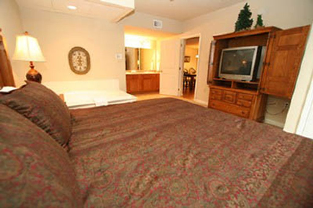 Photo of a Pigeon Forge Condo named Cedar Lodge 605 - This is the tenth photo in the set.