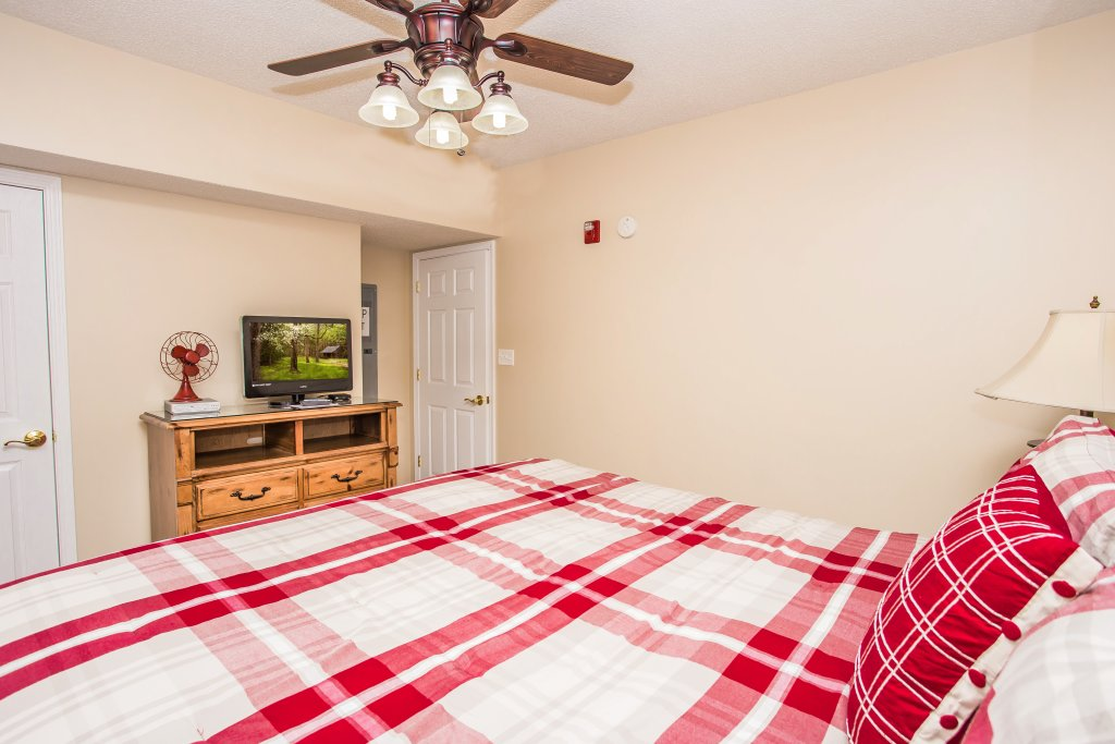 Photo of a Pigeon Forge Condo named Bear Crossing 103 - This is the thirteenth photo in the set.
