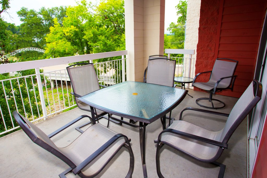 Photo of a Pigeon Forge Condo named Bear Crossing 303 - This is the thirteenth photo in the set.