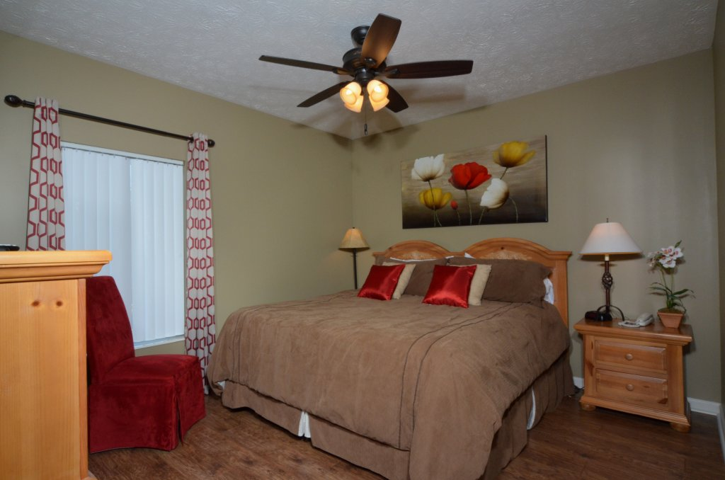Photo of a Pigeon Forge Condo named Whispering Pines 232 - This is the fourth photo in the set.