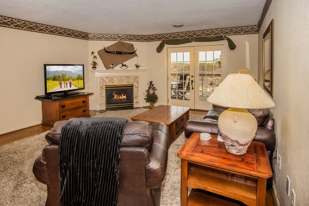 Photo of a Pigeon Forge Condo named Whispering Pines 253 - This is the fourth photo in the set.