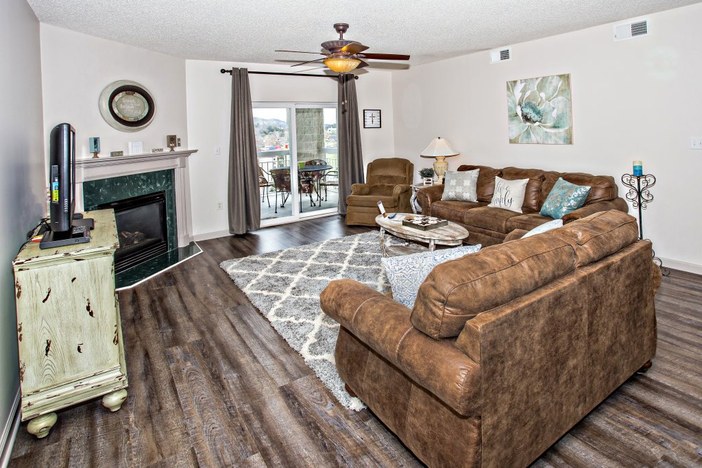 Photo of a Pigeon Forge Condo named Whispering Pines 132 - This is the twenty-fourth photo in the set.