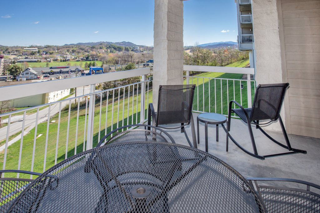 Photo of a Pigeon Forge Condo named Whispering Pines 104 - This is the eleventh photo in the set.