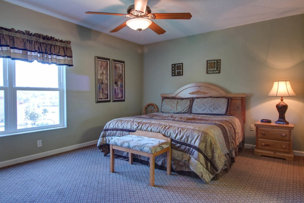 Photo of a Pigeon Forge Condo named Whispering Pines 114 - This is the twelfth photo in the set.