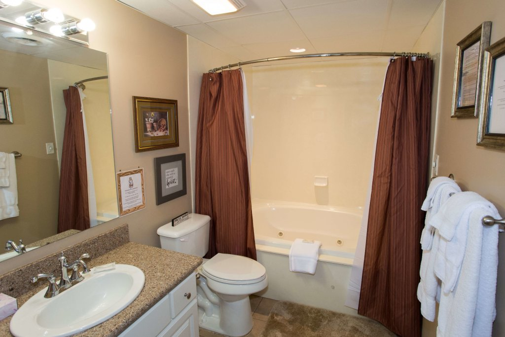 Photo of a Pigeon Forge Condo named Whispering Pines 211 - This is the sixth photo in the set.