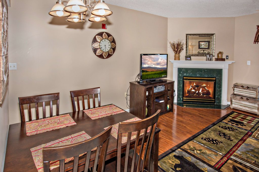 Photo of a Pigeon Forge Condo named Whispering Pines 211 - This is the fourth photo in the set.