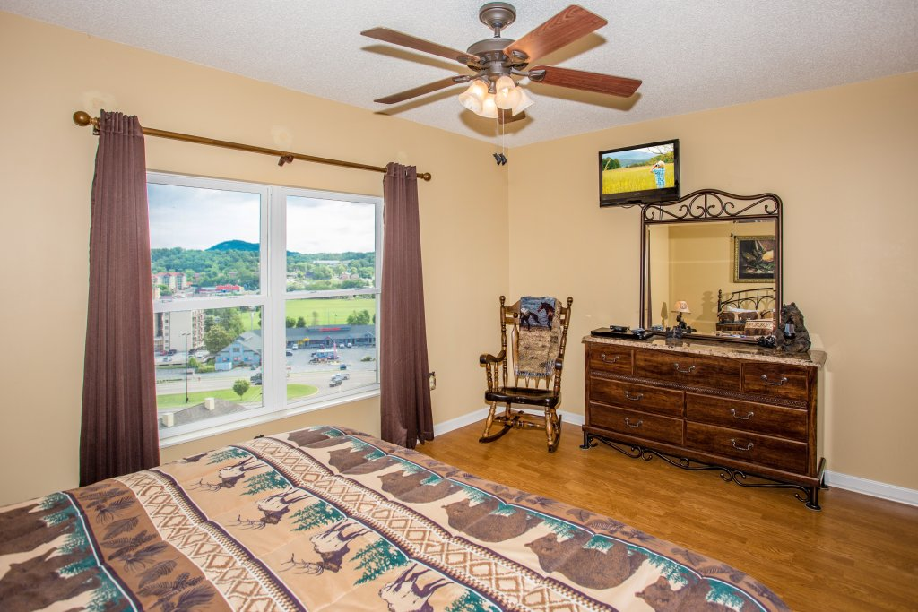 Photo of a Pigeon Forge Condo named Whispering Pines 242 - This is the fourth photo in the set.
