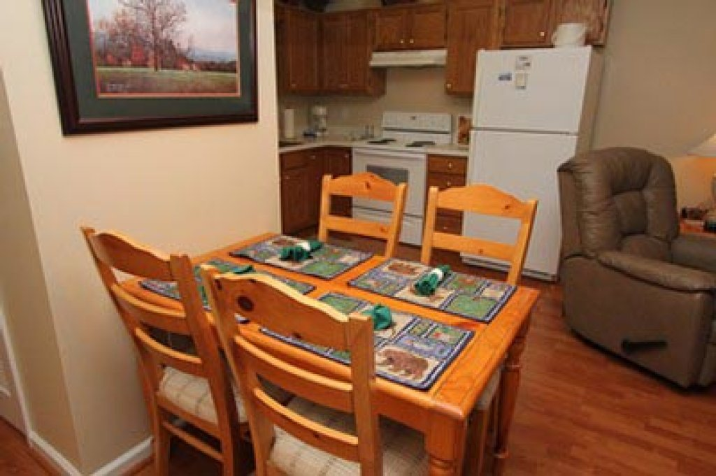 Photo of a Pigeon Forge Condo named Whispering Pines 111 - This is the fourth photo in the set.