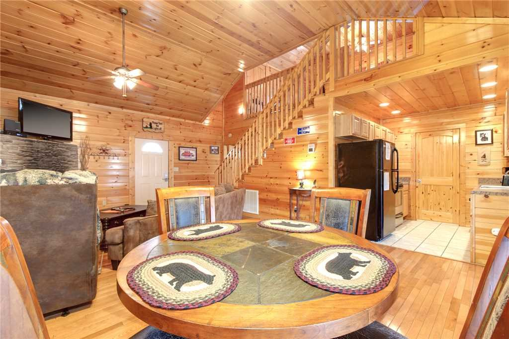 Photo of a Gatlinburg Cabin named Love Shack - This is the sixth photo in the set.