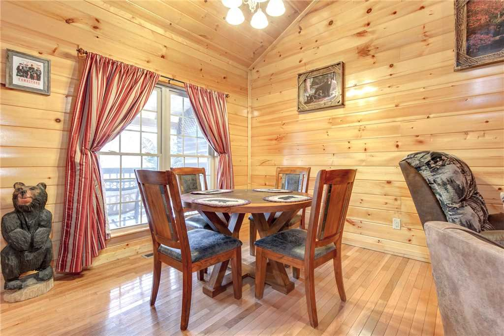 Photo of a Gatlinburg Cabin named Love Shack - This is the seventh photo in the set.