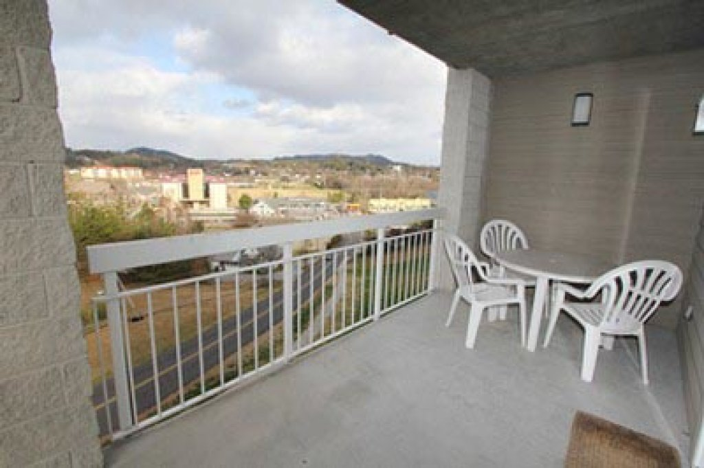 Photo of a Pigeon Forge Condo named Whispering Pines 111 - This is the thirty-seventh photo in the set.