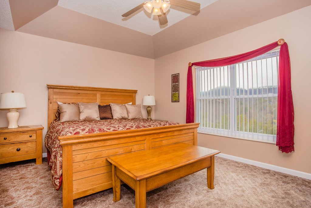 Photo of a Pigeon Forge Condo named Whispering Pines 652 - This is the sixth photo in the set.