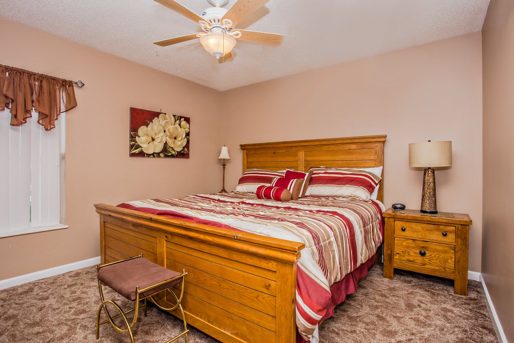 Photo of a Pigeon Forge Condo named Whispering Pines 652 - This is the tenth photo in the set.