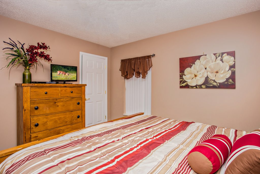 Photo of a Pigeon Forge Condo named Whispering Pines 652 - This is the eleventh photo in the set.